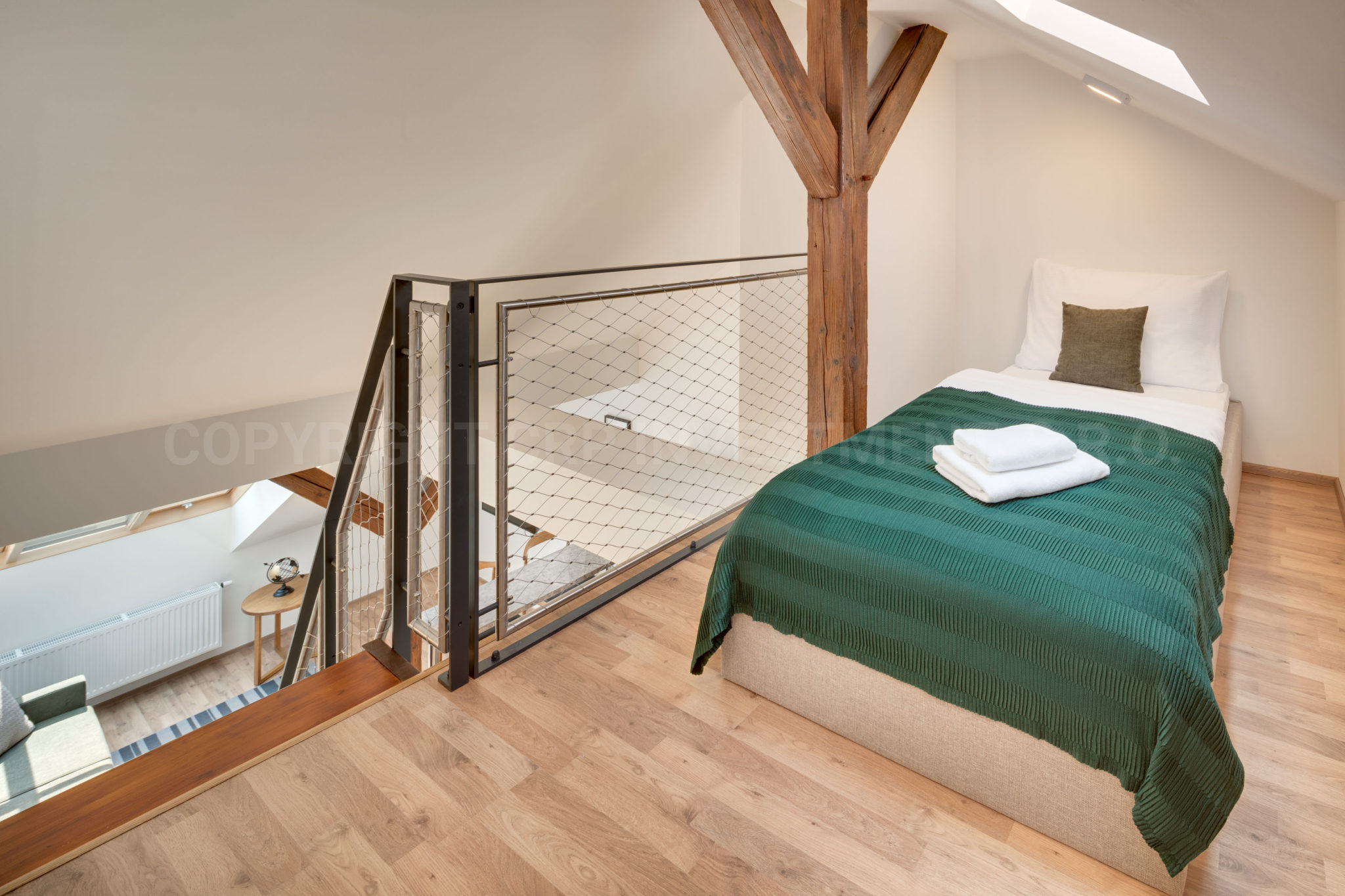 Duplex Apartmán s 1 ložnici k pronájmu v Praze